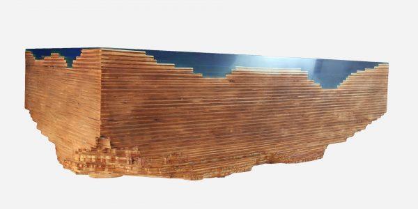Mesa auxiliar topografica de madera y resina epoxica azul