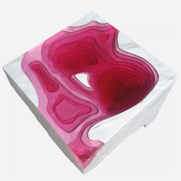 bureau topográfico de resina rosa con marmol vego blanco