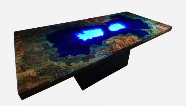 Mesa de comedor iluminada topografica de marmol y resina