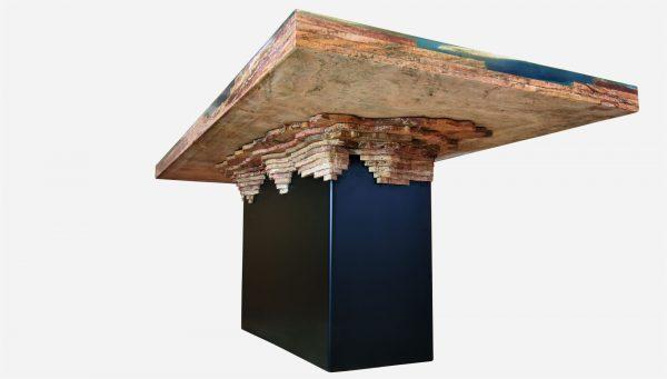 Mesa de comedor iluminada resina y marmol, vista de la base