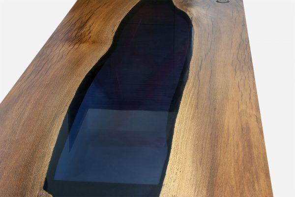 escritorio river de resina y parota close up transparencia