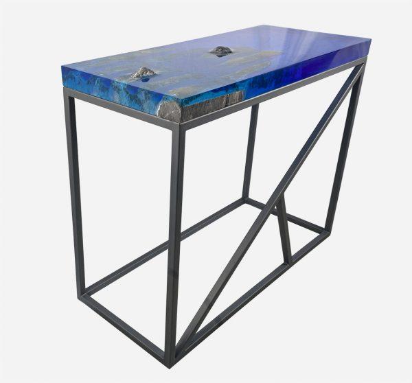 Mesa consola alta resina azul con costera de marmol base color grafito